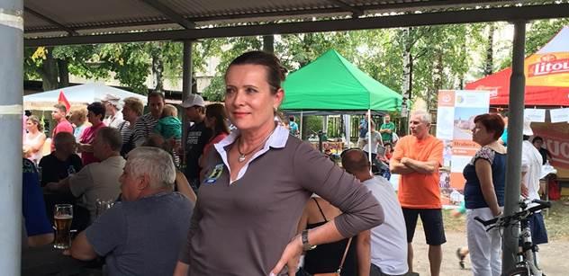 Vitásková (Úsvit-NK): Podnikatelé sdělili své názory radši mně než vládnoucím partajníkům. Mají strach z vyloučení