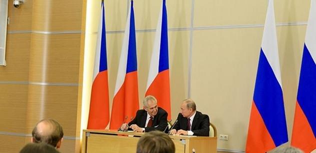 Ruská propaganda? Máme detaily k Česko-ruskému diskuznímu fóru. Pozváni: Schwarzenberg, Romancov, Petr Kolář...