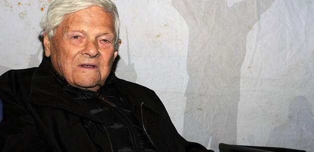 Pamětník holokaustu Brady odlétá zpět do Kanady