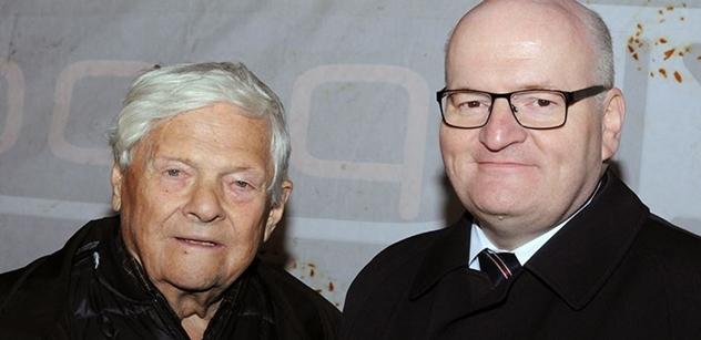Daniel Herman nás informoval, jak se má strýček Jiří Brady. A zúčtoval s Milanem Knížákem kvůli lodi plné uprchlíků