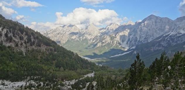 Albánie nabízí turistům divokou přírodu, památky i dovolenou u moře