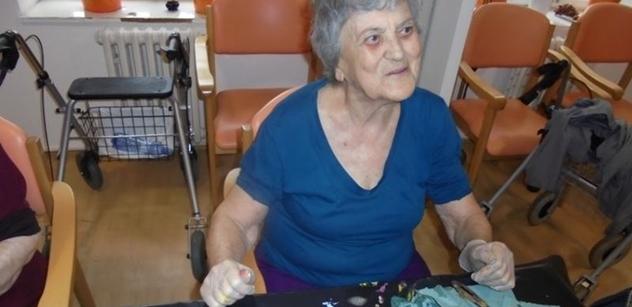 Praha 5: Arteterapie pomáhá klientům v Domě sociálních služeb Na Neklance