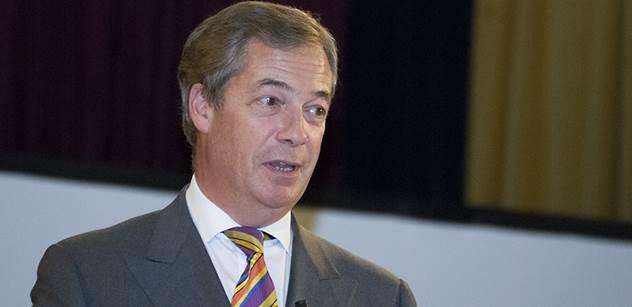 Sorosovo spiknutí, největší v dějinách. Vy v tom jedete taky, přinutil Nigel Farage parlament EU ke křiku. Je zde VIDEO s titulky
