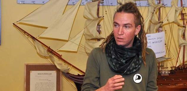 Teroristé mají tisíc možností jak komunikovat, varuje expředseda Pirátů Bartoš. Ale...