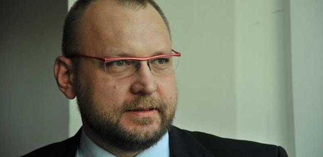 Bartošek (KDU-ČSL): Ministerstvo dopravy je jednoznačně nejslabším článkem vlády