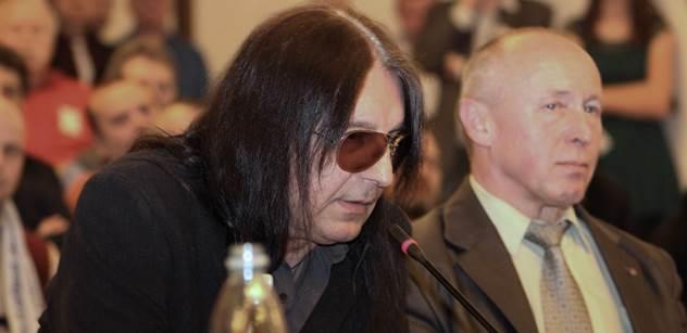 Prostořeký rocker Brichta tuší zlé časy: Bude to průser, muslimové nás zahltí. A pak si budou všichni dnešní chytráci a multikulti drbat makovice…