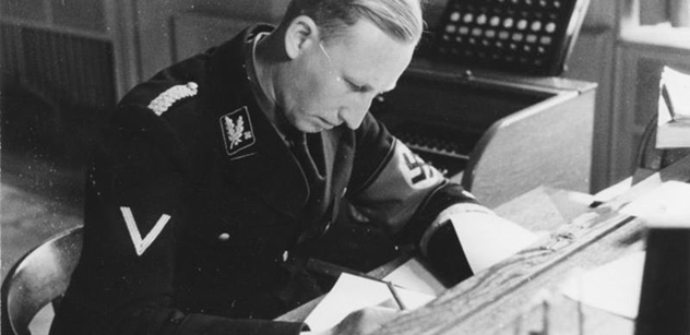 Lidé si v Praze připomínají parašutisty, kteří zabili Heydricha