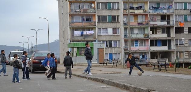 """""""Most má rakovinu!"""" Drogy a násilí. Drsné příběhy z romských ghett. Ale chystá se změna. Tvrdá"""