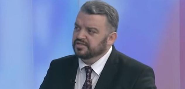 """Zmanipulované! Eduard Chmelár """"poblil"""" Kisku i NATO. Kuciak? Toho znal osobně"""