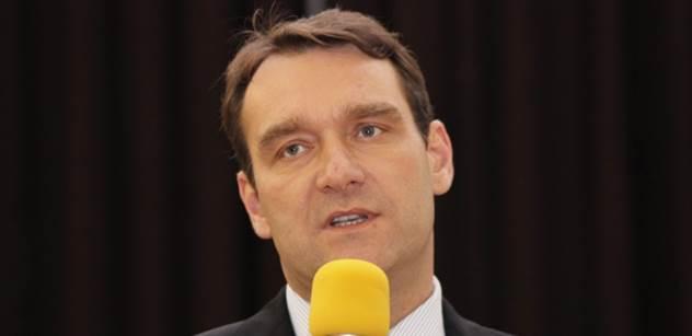 Fiala (SPD): Malé děti školou povinné by měly chodit do školy
