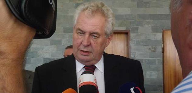 Prezident Zeman navštíví hospic v Červeném Kostelci