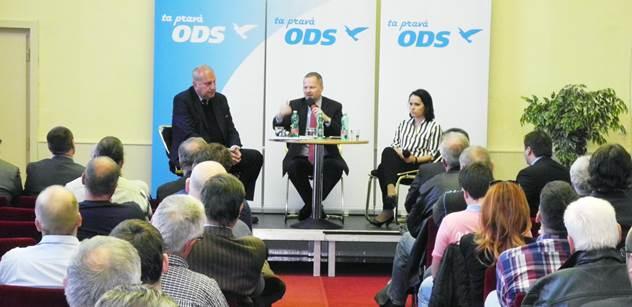 Fiala povzbuzuje ODS: Kdo chce zapalovat, musí hořet. Tošenovský varuje před sebemrskačstvím