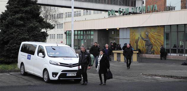 Horníci dnes znovu sfárali do dolu ve Stonavě, kde došlo minulý týden k tragickému výbuchu