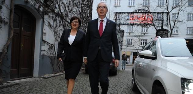 Voliče odpadlých prezidentských kandidátů nelze sčítat pro Drahoše. Je to úplně jinak. Expert Kubáček má jasno, co se příští dva týdny bude v této zemi dít