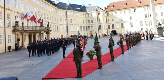 """Režisér Jiří Adamec: Miloš Zeman obstál. A neustále omílaný a ze souvislosti vytrhávaný problém """"lidských práv""""..."""