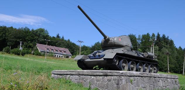 Pravda o roce 1945: Rudá armáda Prahu neosvobodila, říká historik