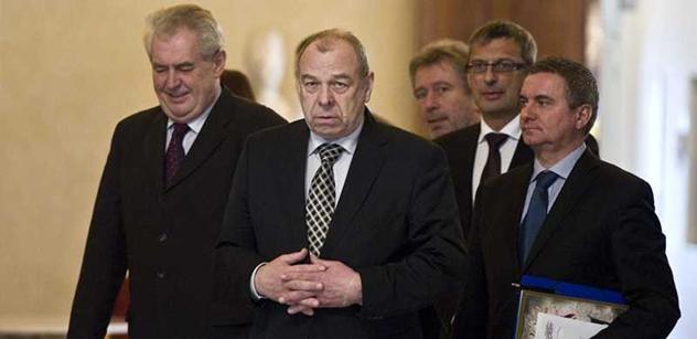 Zeman příští týden pojede na návštěvu Polska