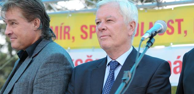 Místopředseda KSČM odhaduje, co se bude dít po volbách, pokud Babiš zamíří do opozice