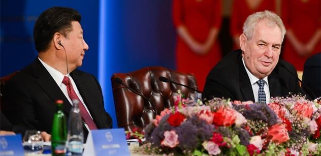 Prezidentu Zemanovi tlumočil při návštěvě Si Ťin-pchinga. Teď pohovořil o vztahu prezidentů