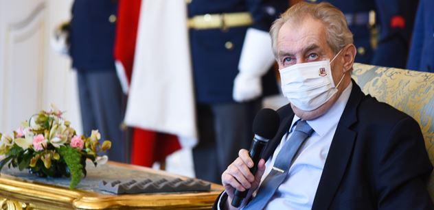 Koudelka z BIS znovu mimo. Zeman při jmenování generálů prozradil, co mu zakázali