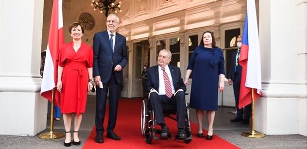 Opozici porazí. Co řekl rakouský prezident vedle Zemana?
