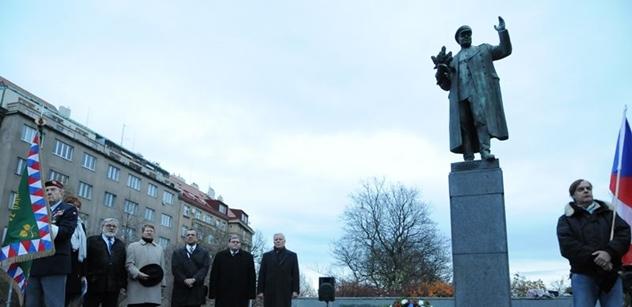 Dohra poškozené sochy Koněva: Stejně bychom mohli hájit Emanuela Moravce! Petr Honzejk udeřil