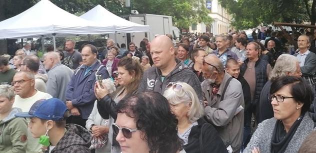 Vědec: Západ Česku tajně ujídá, bude na nás zlý. Postup, jak se zachovat u voleb