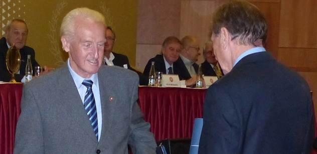 Autodrom Most: Dlouholetý sportovní ředitel autodromu Gerhard Ittner získal ocenění Autoklubu ČR