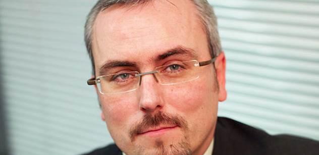 Petr Dufek: ČNB ponechává svoji politiku beze změny. Koruna však dále ztrácí…