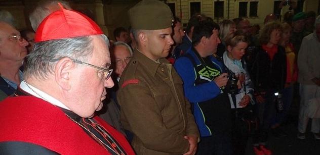 Kardinál Duka vysvětluje poselství papeže Františka ke Dni uprchlíků