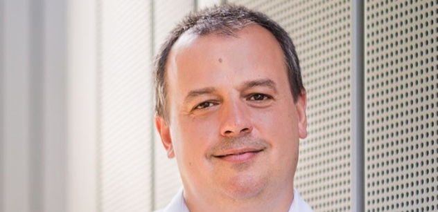 Senátor Dušek: Věřit v malé modulární reaktory je jako vydat se za fata morgánou