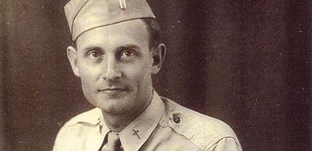 P. Emil Josef Kapaun byl válečný hrdina s českými kořeny, kterého ocenil papež i Barack Obama