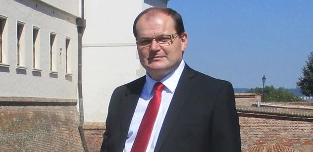 Fleischer (SPR-RSČ): Insolvenční zákon jde ve Sněmovně do finále, avšak nadále nic nevyřešil