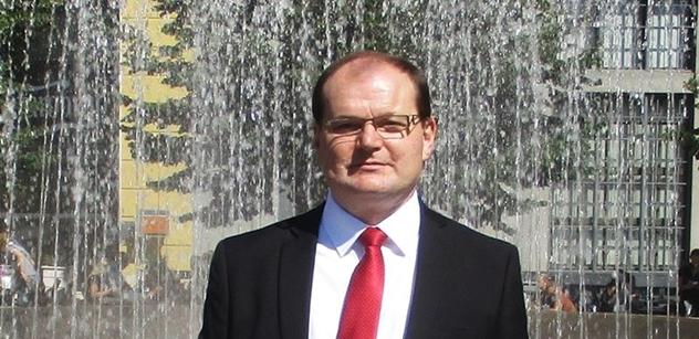 Fleischer (SPR-RSČ): Předem dohodnutý handl prezidenta Zemana s Babišem a ČSSD
