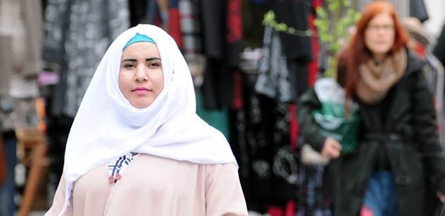 """""""Když se ve francouzských školách vyučuje dějepis, muslimské děti mohou odejít na chodbu a neposlouchat."""" Kulturoložka popsala dění v muslimském světě i přímo v Evropě"""