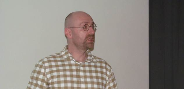 Petr Hampl: To je děsivá amorálnost, nemá obdoby. Čeští občané to zaplatí životy. Darmošlapové žijící znašich daní otevírají dveře drancujícím hordám, jež nás zotročí