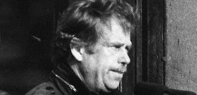 Po dvou pivech a dvou rohypnolech mám rád všechny lidi, psal Václav Havel své milence. Přečtěte si, co jí napsal, když šla na potrat
