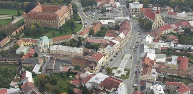 Holešov: Zámek opět hostil večer bojovníků