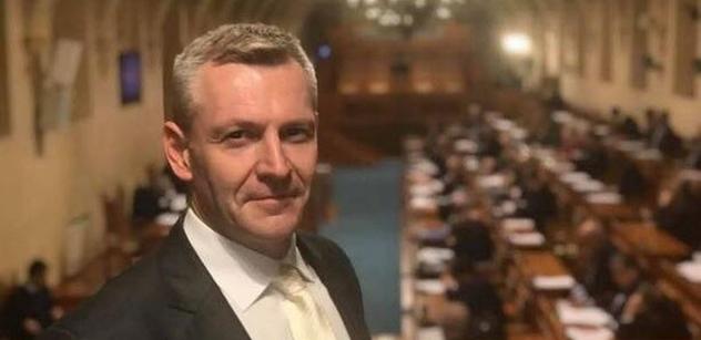 Senátor Hraba: Větší nezávislost pro Ústavní soud, NKÚ i ČNB