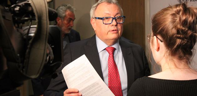 Vladimír Dlouhý: Potřebujeme přesně pravý opak toho, co navrhuje pan Souček
