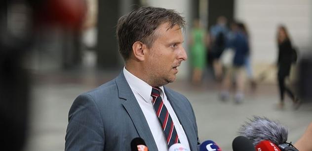 Zeman bude rád: Ministr Kněžínek končí, nastoupí Marie Benešová