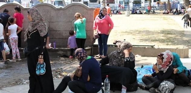Až do dna. Švédsko zaplavuje kvůli běžencům beznaděj, státní orgány přestávají fungovat