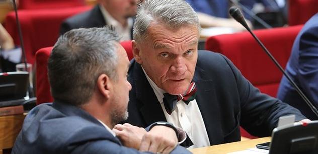 Nazlobený Bohuslav Svoboda: Mediální sféra pořád tlačila...
