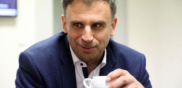 Zakládá Jiří Zimola novou stranu? Možná ano