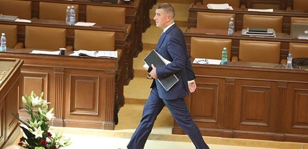 Babiš pojede za Zemanem s nominacemi ministrů. Poche zůstává na seznamu
