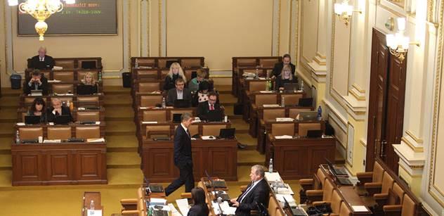 Sněmovna přehlasovala Senát a schválila rozšíření EET