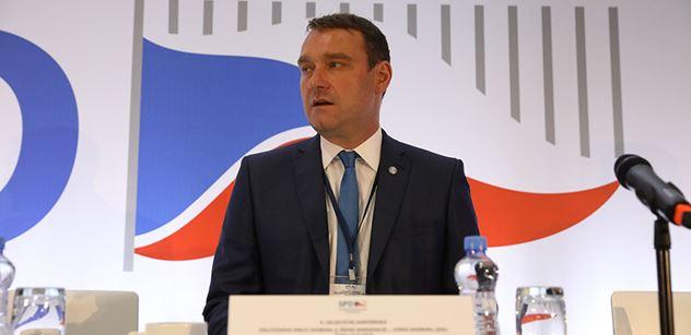 Fiala (SPD): ČR by již přestala být suverénním státem i formálně