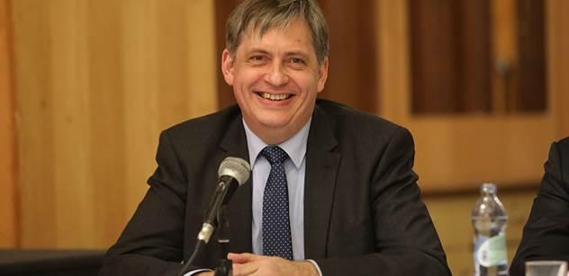 Dienstbier (ČSSD): Férové by bylo říct, že primárním cílem tohoto zákona je zajistit příjmy