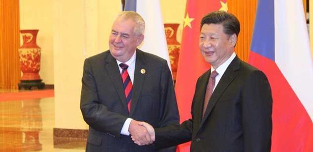 Do Česka dnes přiletí čínský prezident