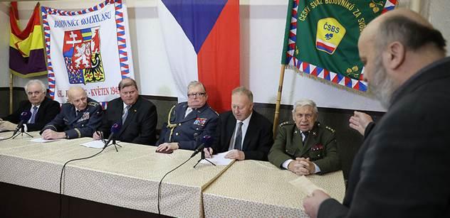 VIDEO Volte Zemana, burcují předáci bojovníků za svobodu, seniorů a válečných veteránů
